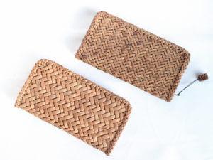 a9ea3ee04e2d これまで使用していた山葡萄の財布の内側部分(本革)が、販売終了により手に入らなくなってしまいました。