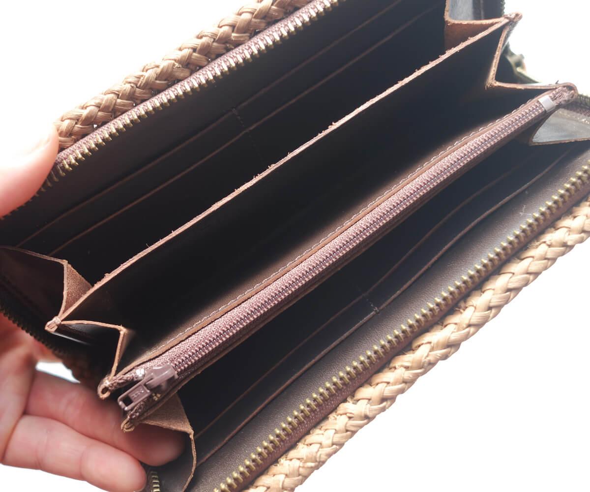 8449bf140111 orioriの山葡萄長財布は、外側に国産の山葡萄の蔓を使用し、財布内側は牛本革仕様になっています。丈夫な山葡萄の製品をより永くお使いいただけるよう、見えない部分に  ...